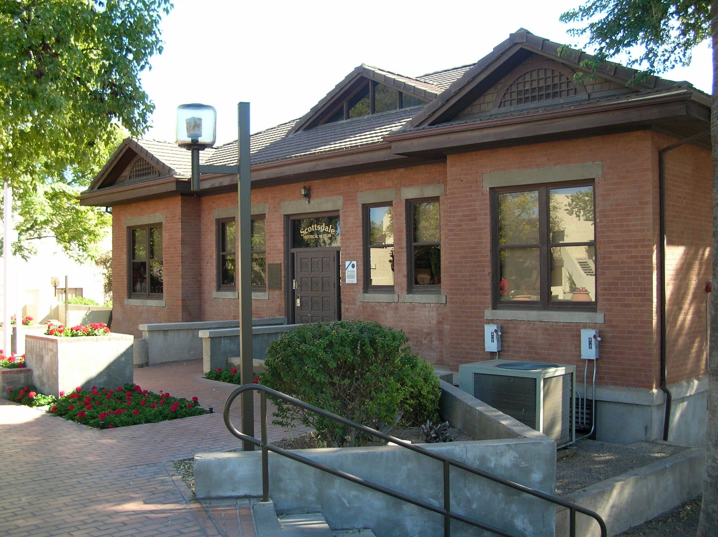 Little Red School House, built in 1910, is a Scottsdale landmark | AZ Central