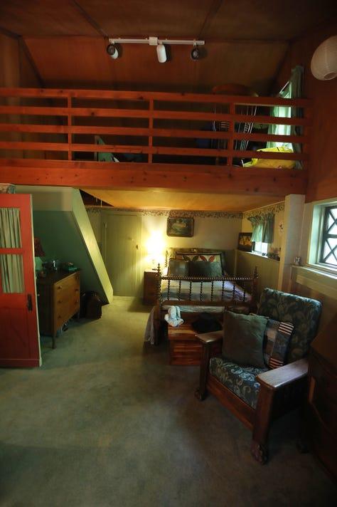 Simeon Jewett House Loft Bedroom B