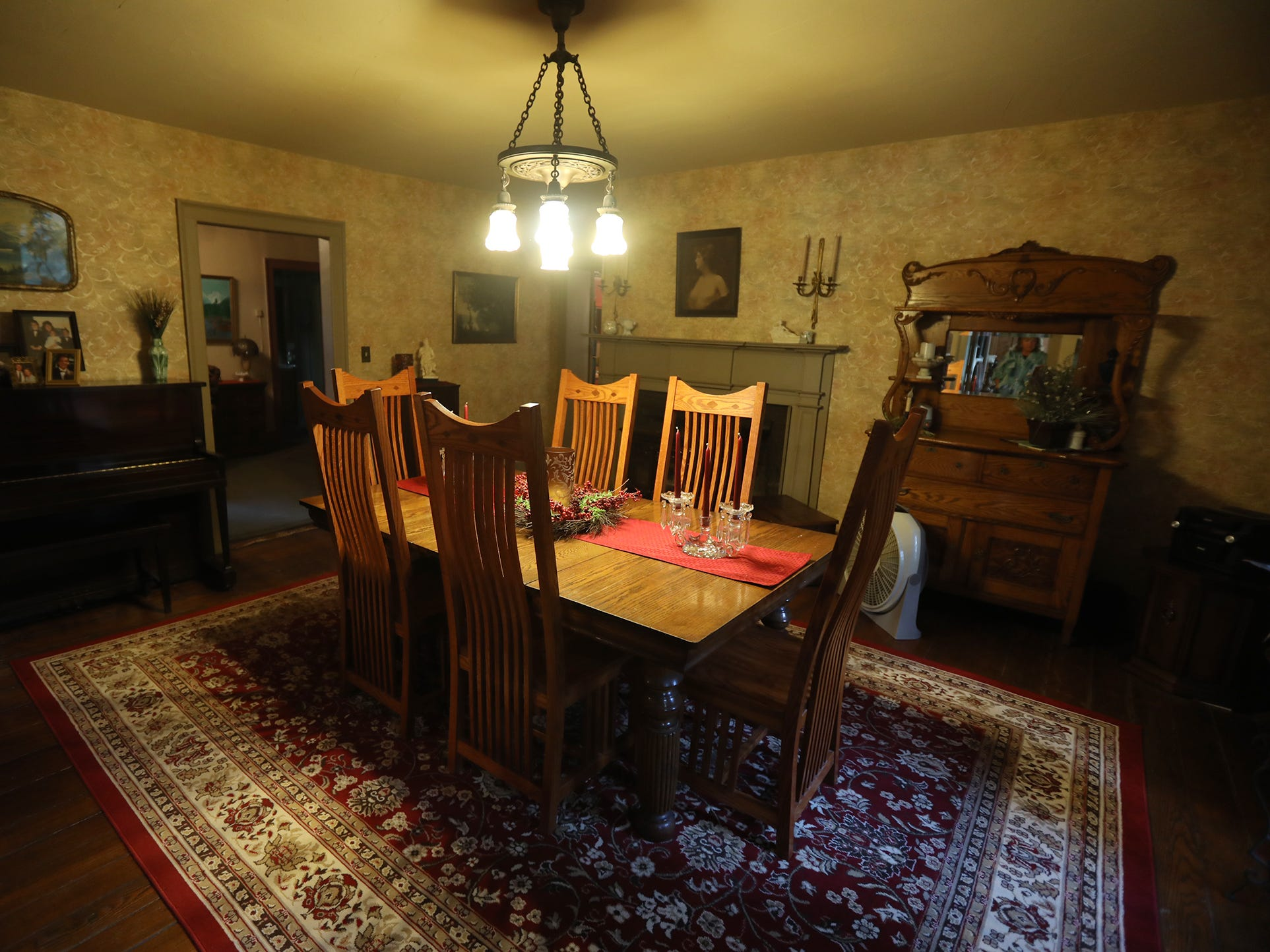 The dining room has original chestnut floors.