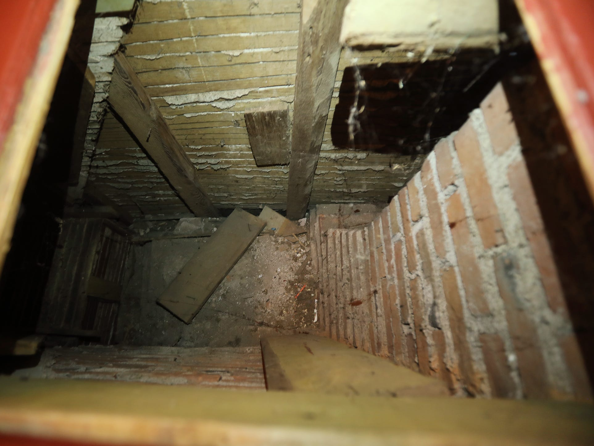This hidden area located under floorboards at the top of the servants staircase was believed to be used to hide slaves traveling the Underground Railroad.