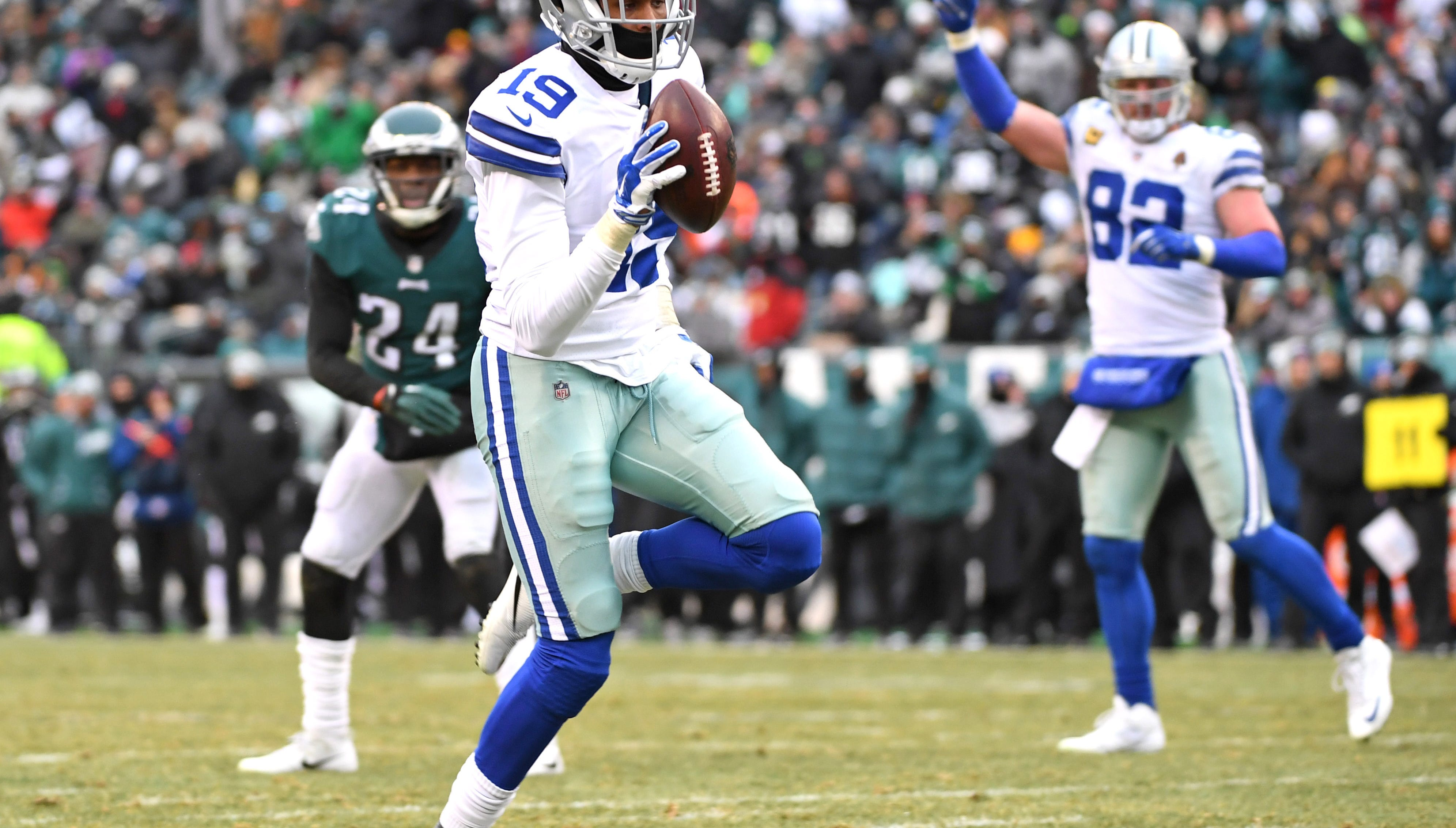 Dallas Cowboys wide receiver Brice Butler (19) celebrates his 20-yard touchdown  catch against the Philadelphia Eagles during the fourth quarter at Lincoln Financial Field.