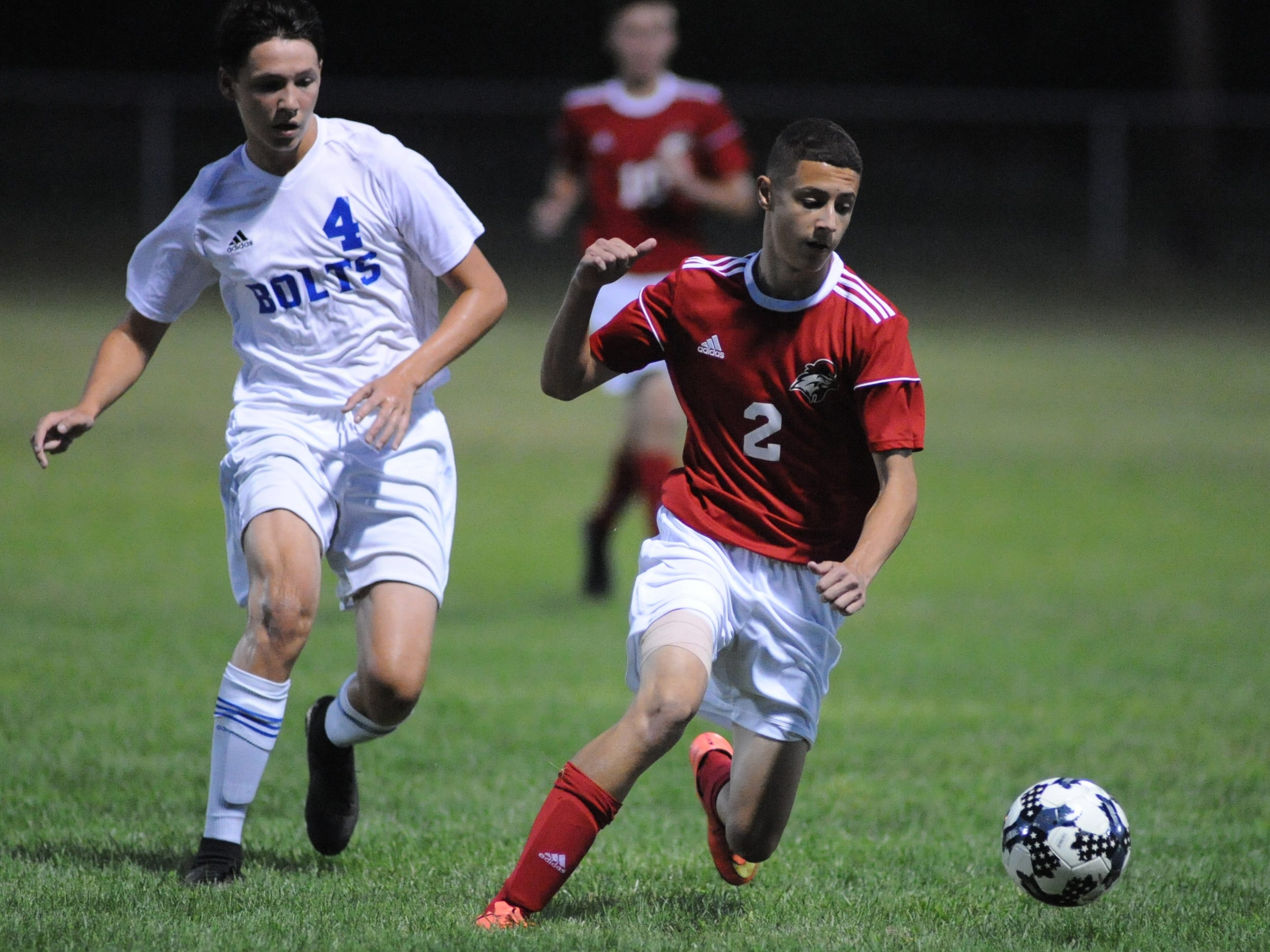 Vineland's Benjamin Robinson moves the ball during a boys soccer game against Millville at Romano Sports Complex in Vineland, Monday, Sept. 17, 2018.