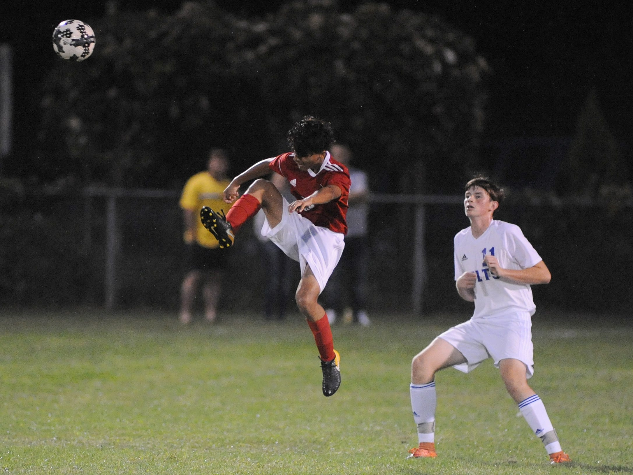 Vineland's Usmar Barrera moves the ball during a boys soccer game against Millville at Romano Sports Complex in Vineland, Monday, Sept. 17, 2018.
