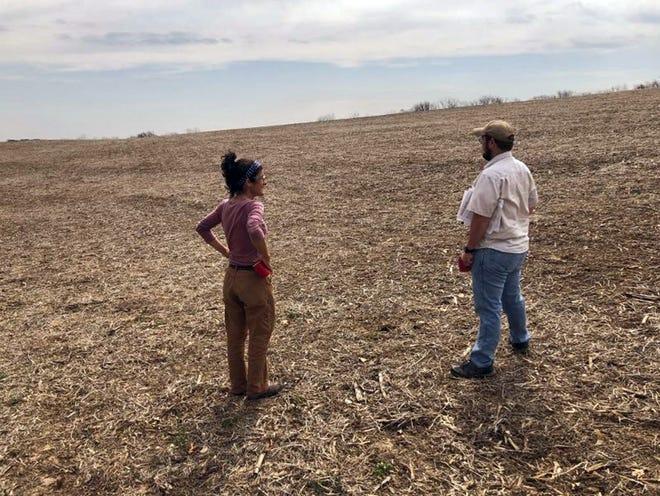 Landowner Chele Isaac and Conservationist Landon Baumgartner discuss conservation planning options.
