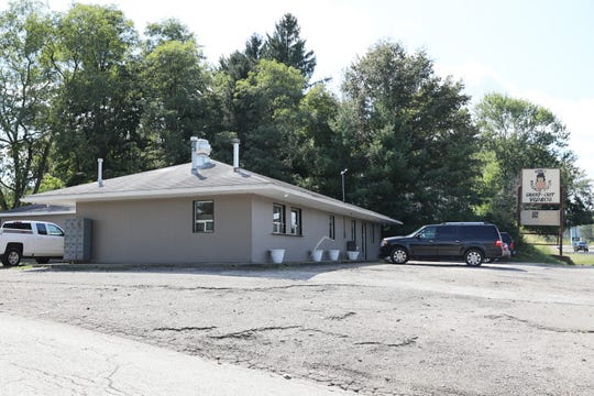 Earl's Village Pizza on East Pike in Zanesville has reopened under new ownership and newly remodeled.
