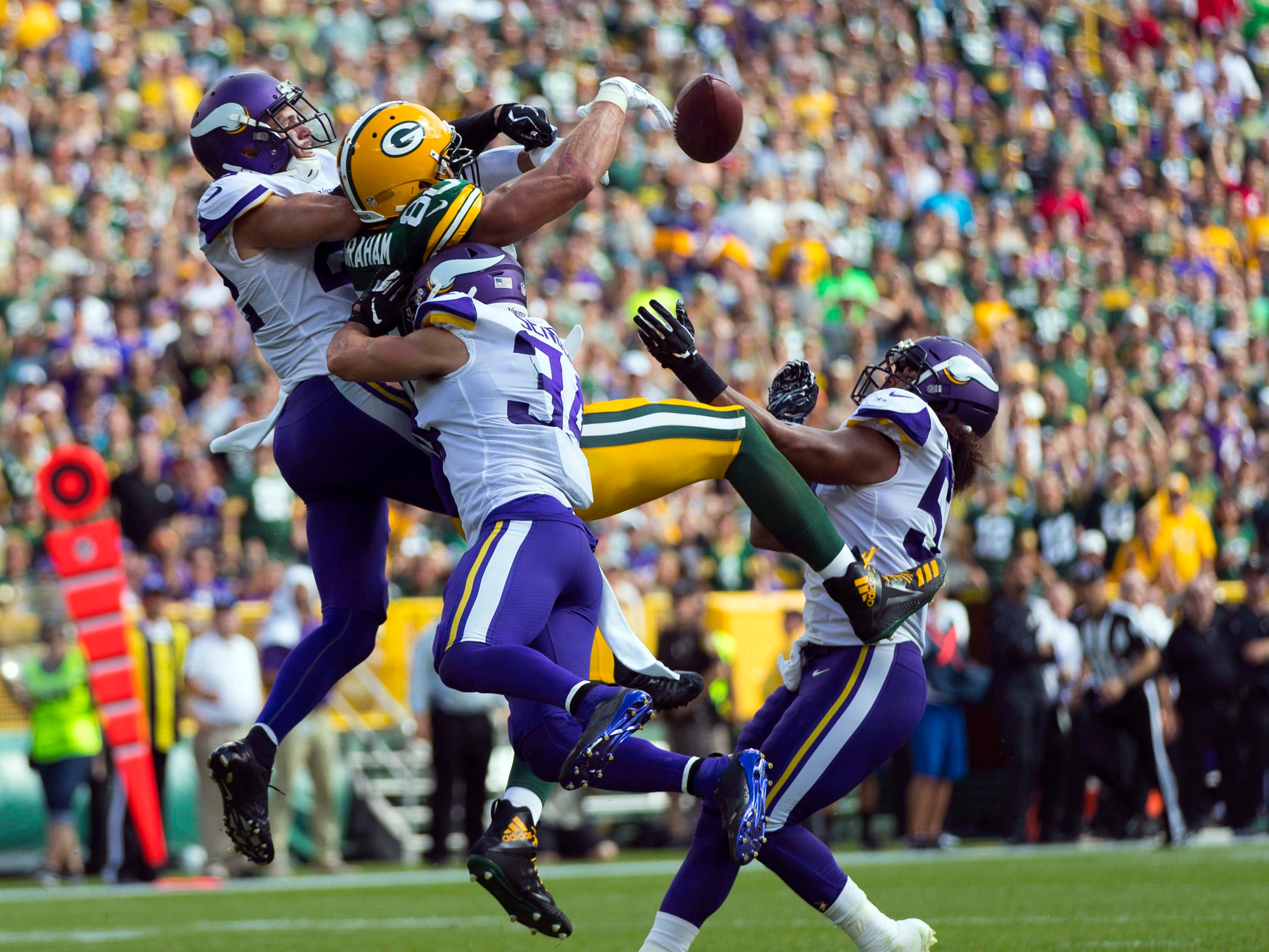 5. Vikings (4): After seeing Clay Matthews rooked by refs and Aaron Rodgers limited against swarming D, tie feels bad — especially in tiebreaker department.