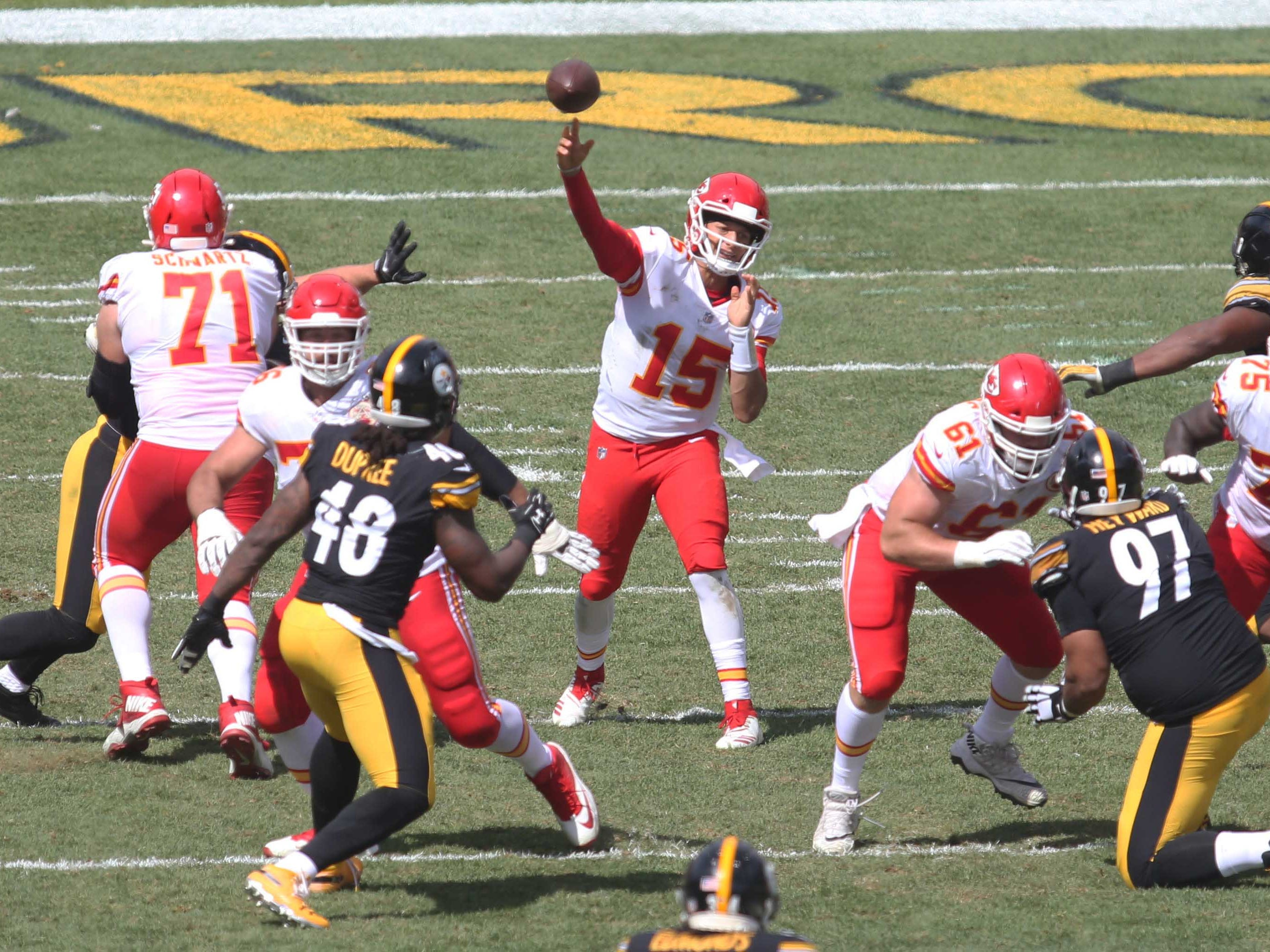 3. Chiefs (10): Patrick Mahomes is your MVP at two-week mark after stunning pair of wins against quality opponents. But beware league's last-ranked defense.