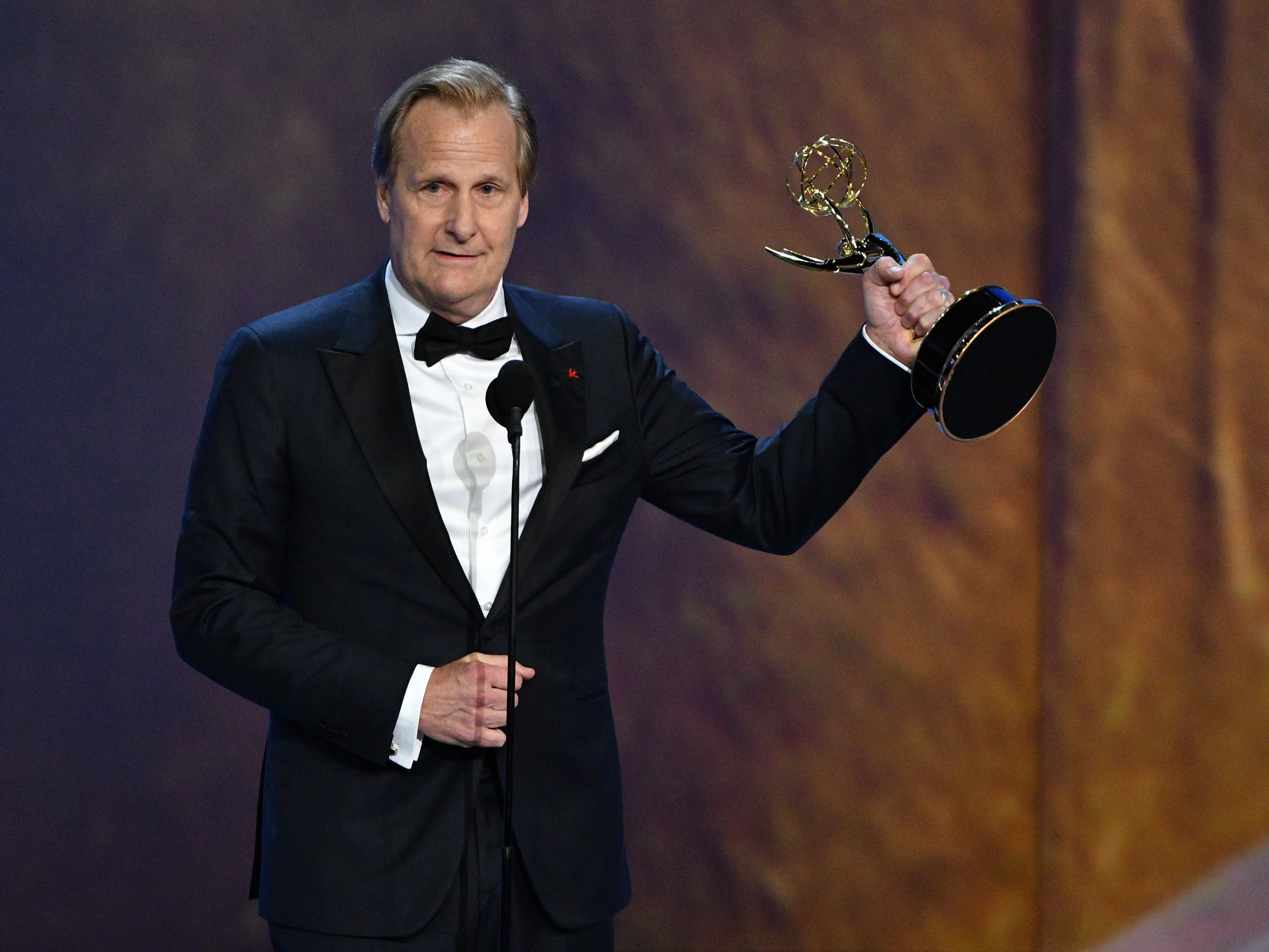 """Jeff Daniels accepts the award for supporting actor in a limited series or movie for his role in """"Godless"""" on Netflix. He thanked his horse."""