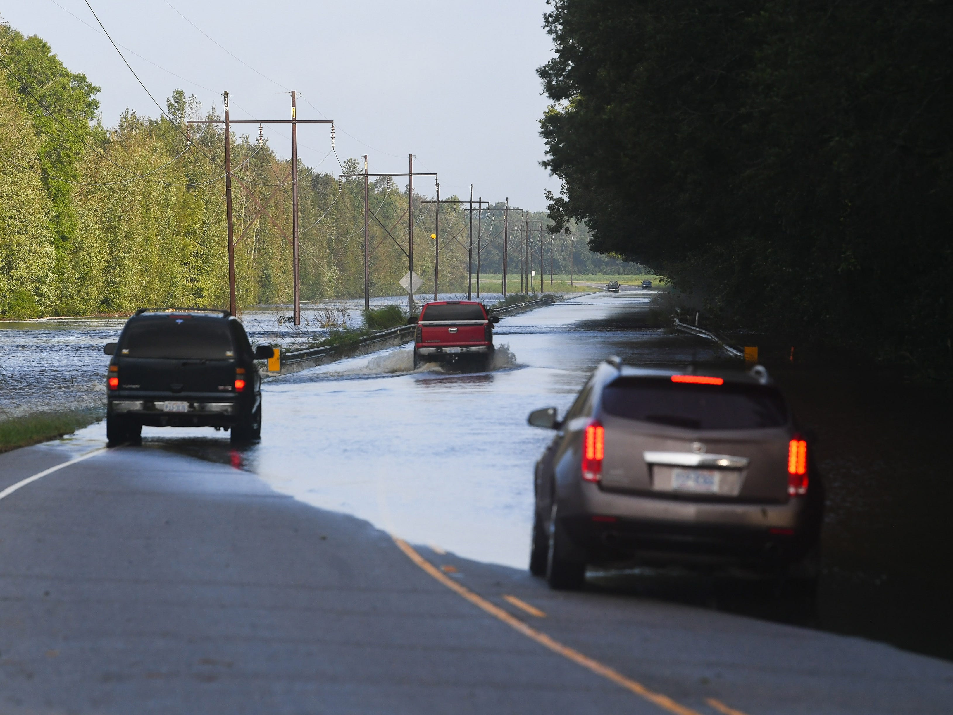 North Carolina officials warn about using GPS apps like Waze after Florence
