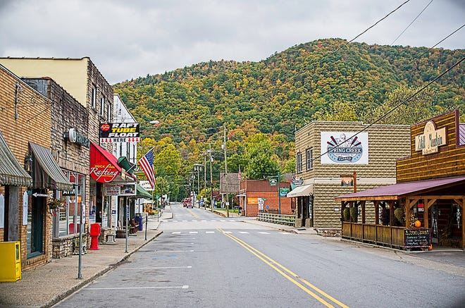 Downtown businesses in Hot Springs will be celebrating the first day of Fall Saturday, September 22.