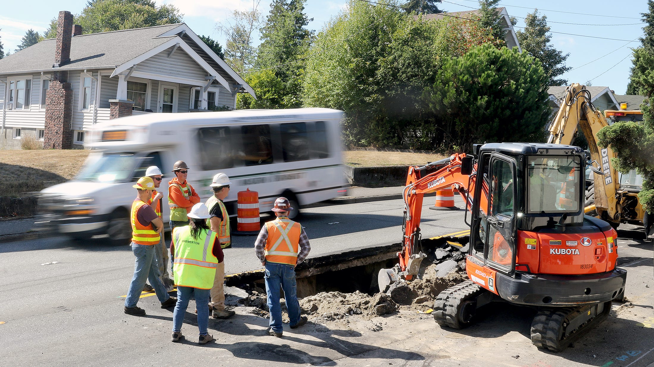 Crews are making an emergency repair at Burwell St. and Anoka Ave, a major thoroughfare in Bremerton due to a sinkhole.