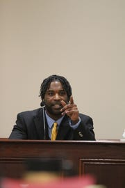 Kellum Williams describes how he helped remove Amy Murphy's body from a Clarksville apartment at trial Wednesday.