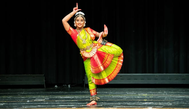 Cynthia Kalaivan, 16, presents her debut performance in Bharathanatyam to an enthusiastic audience on August 25 at the Montgomery High school, Skillman, New Jersey.