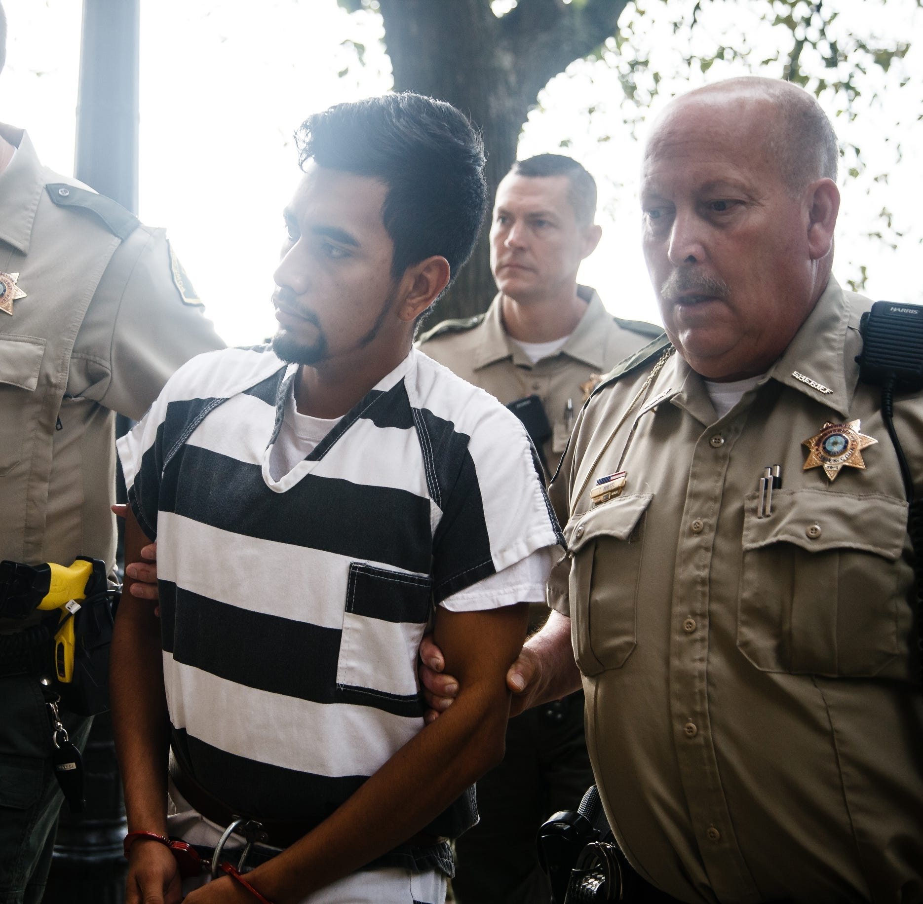 Mollie Tibbetts slaying suspect Cristhian Bahena Rivera pleads not guilty