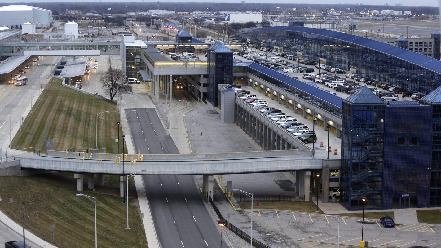 Grenade causes brief scare at Detroit Metro Airport