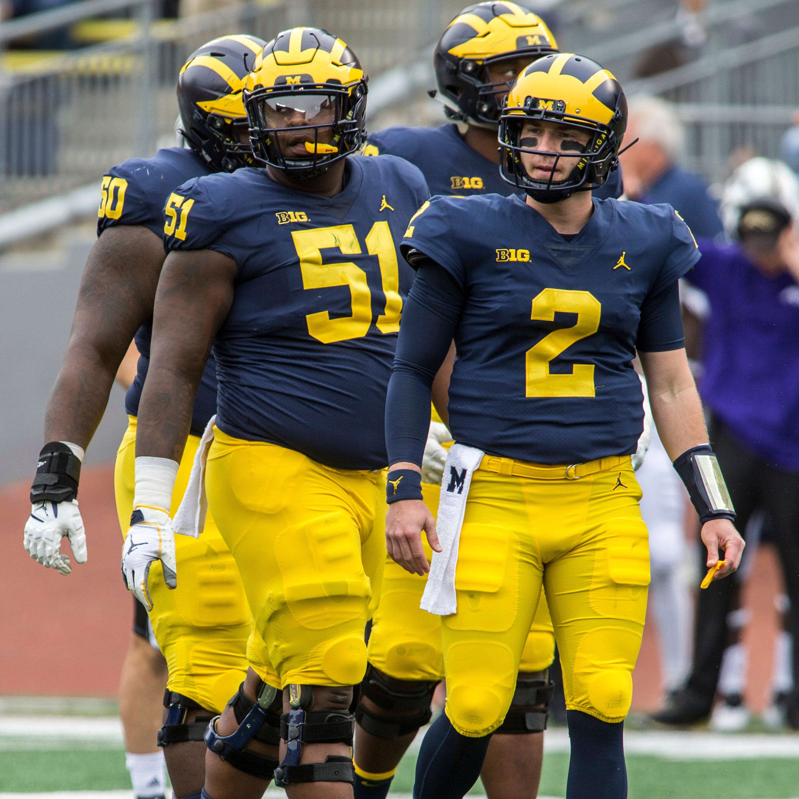 Cesar Ruiz handles 'heavy burden' of Michigan center job with ease