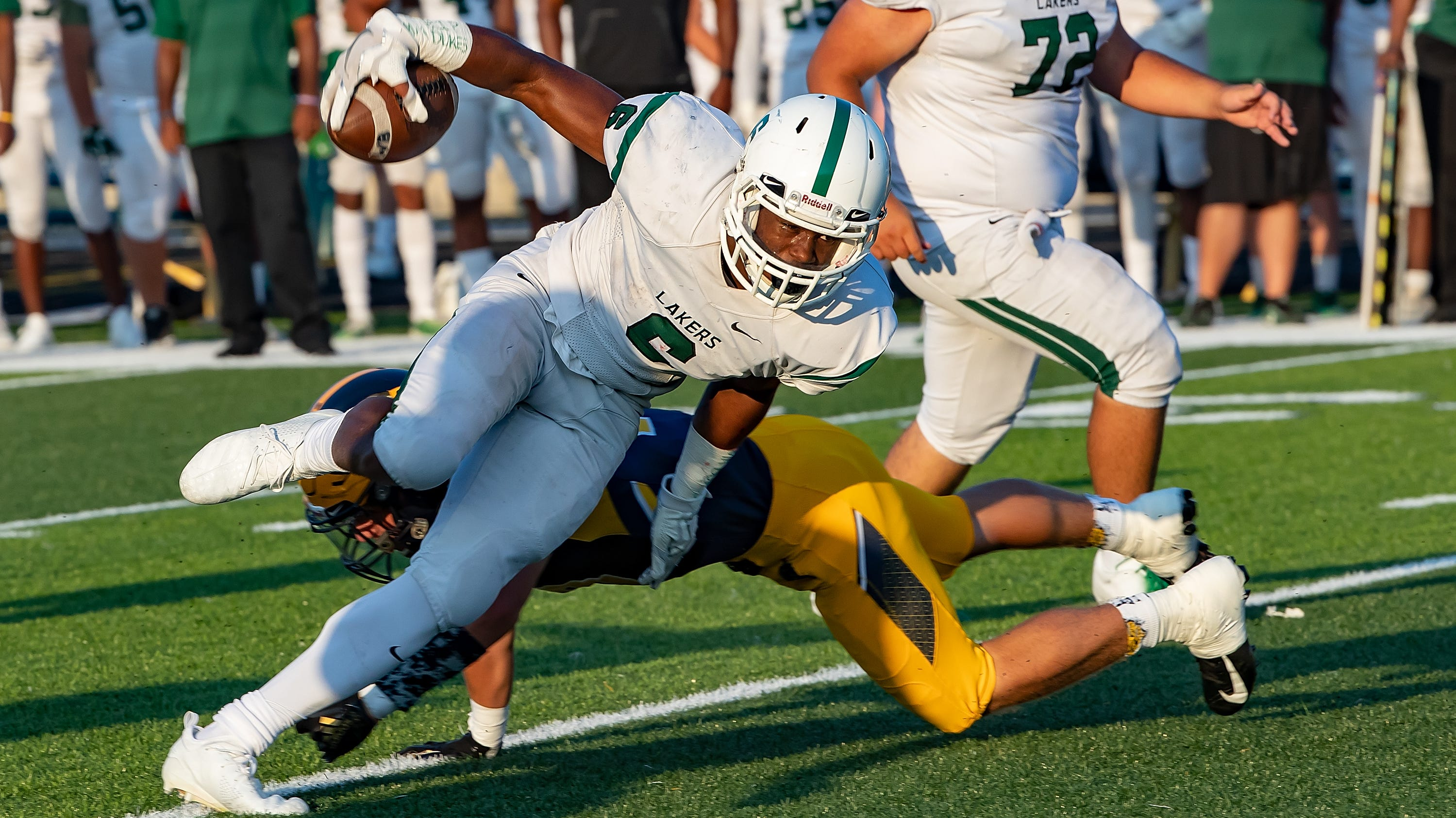 Donovan Edwards and West Bloomfield take on Lake Orion.