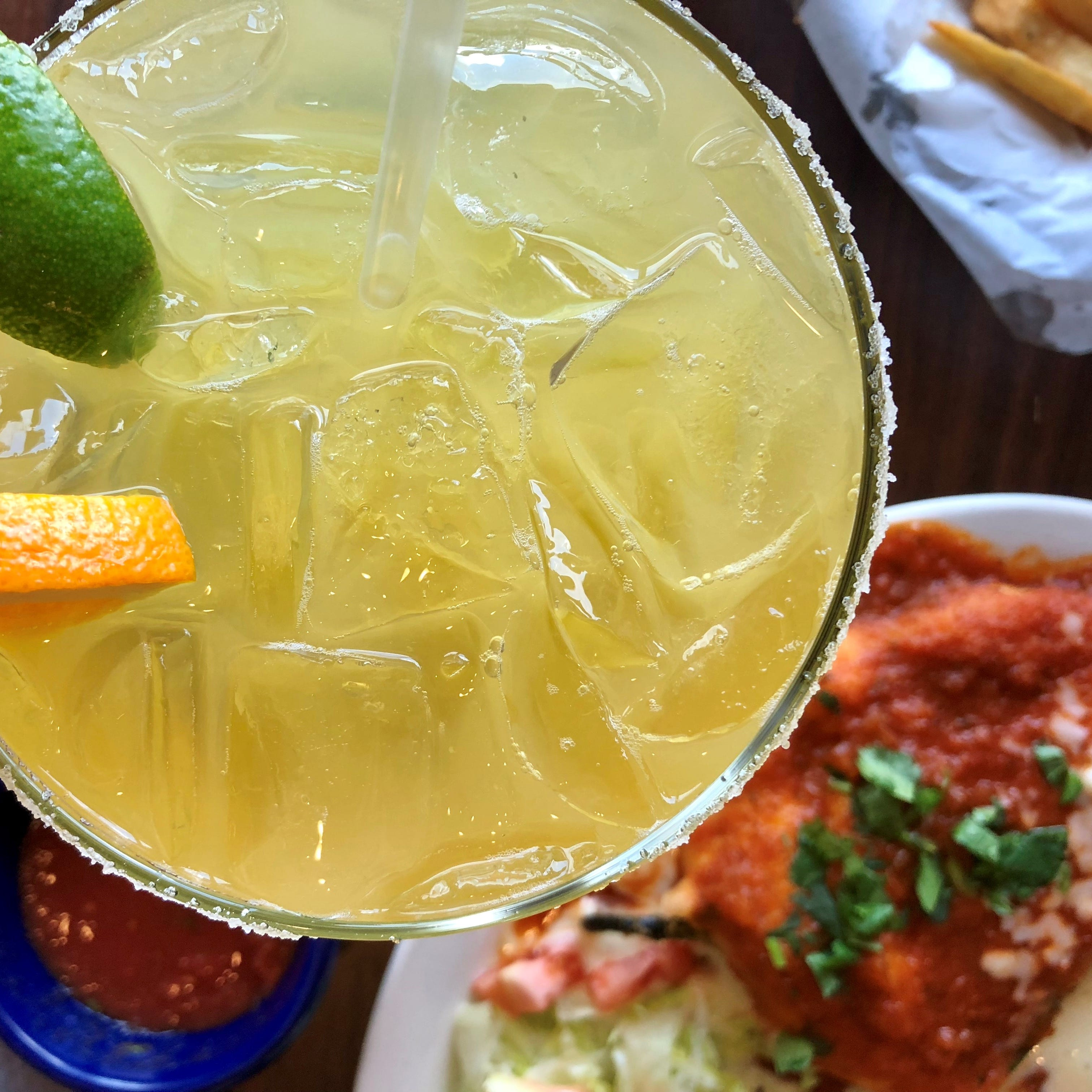 On a bleak block of North Fort Myers, Sabor A Mexico finds a way — JLB review