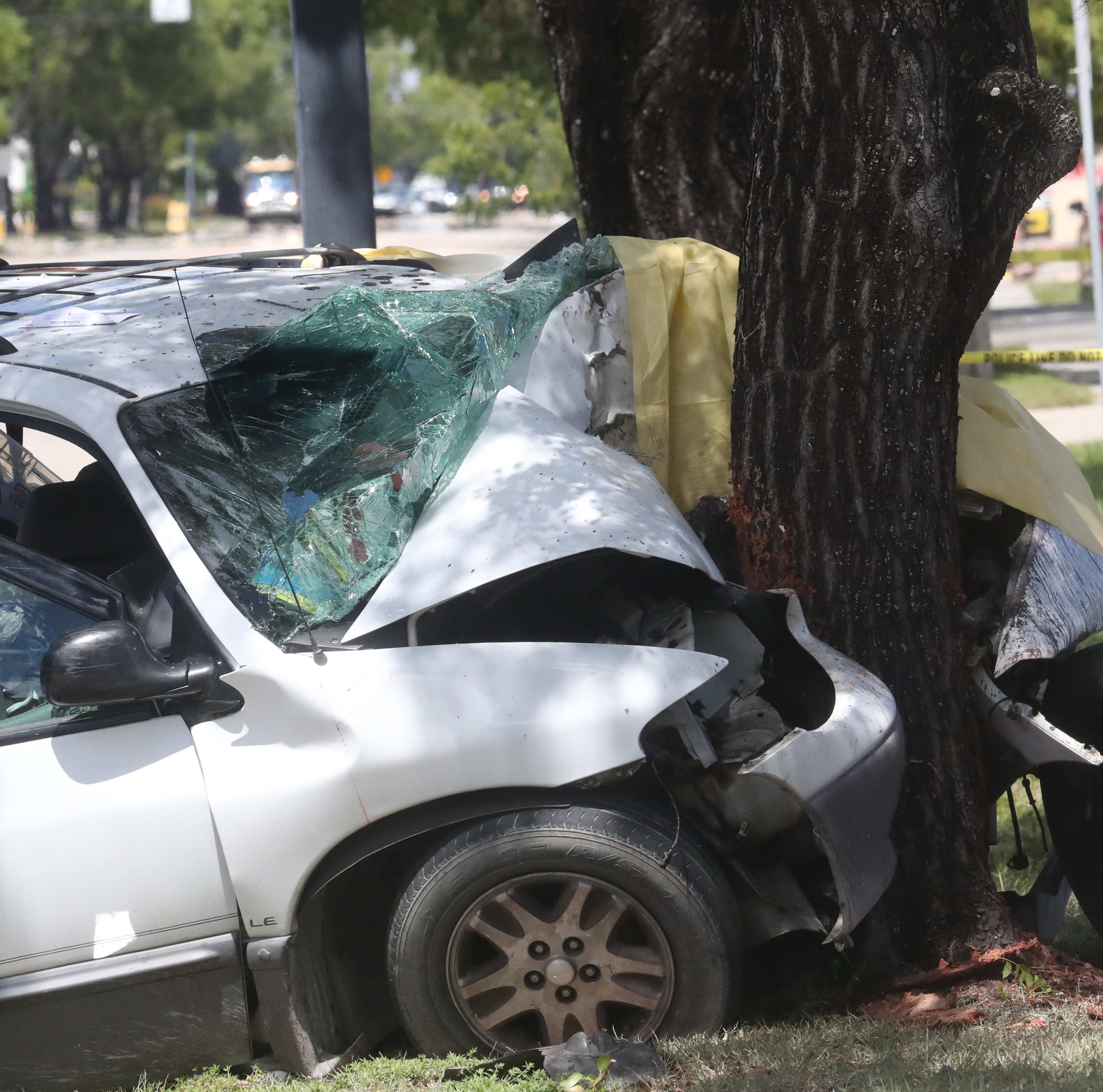 Two fatal crashes closed Fort Myers roads Wednesday, authorities say