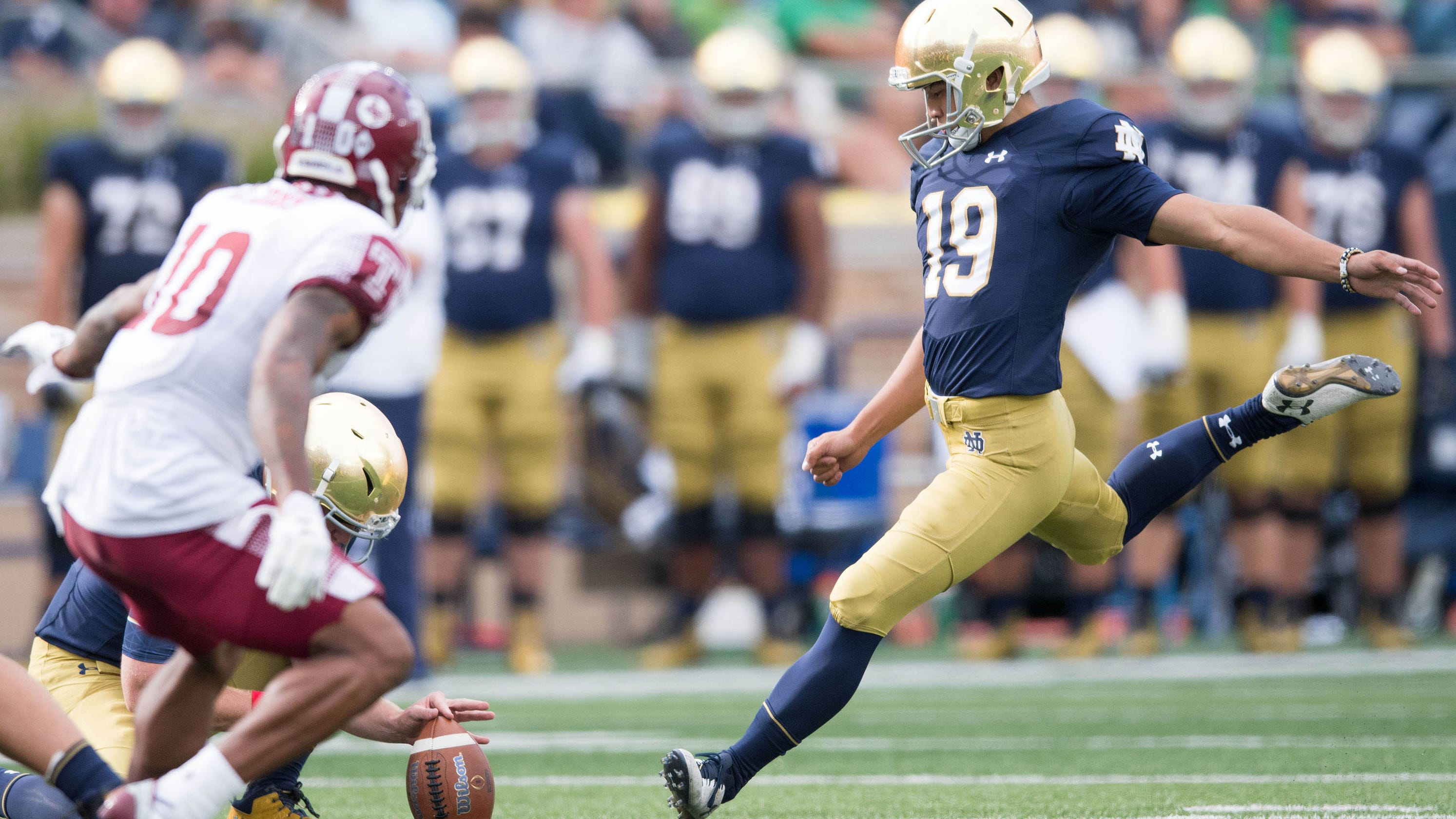 00358f734 Notre Dame s Korean kicker closes in on school football scoring record