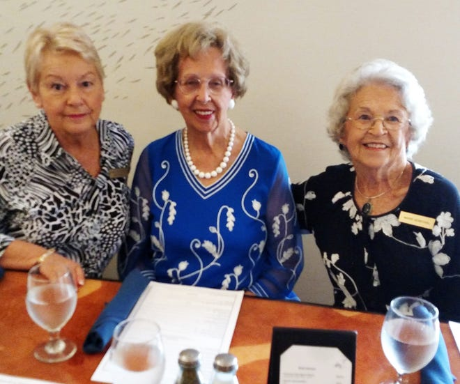 From left Susie Berenzweig, host, June Gulumian and Marie Senechal.