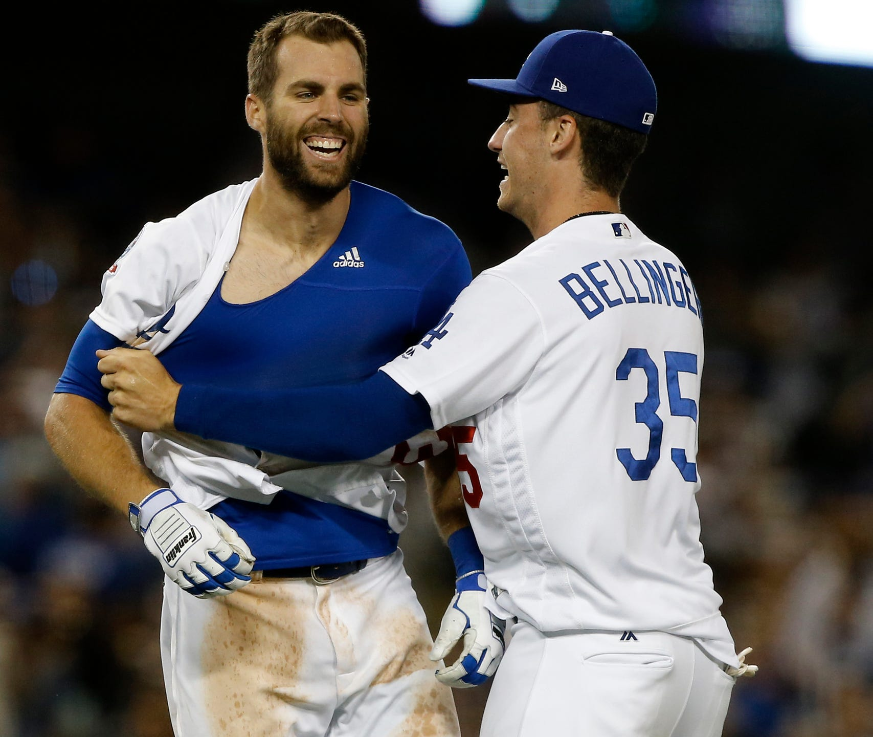 the latest 31677 0048e Chris Taylor's HR lifts Dodgers to 3-2 win over Rockies in ...