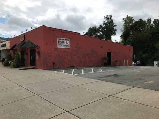 Bardi's Bar and Grill on Newark Pompton Turnpike in Pequannock will add an outdoor patio seating area next to the building.