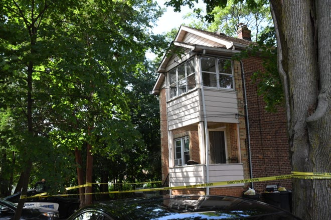 On Wednesday morning, three or four people tried to break into a house on Ravine Street, in Nutley.