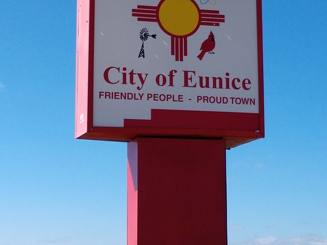 City of Eunice sign on Highway 180.