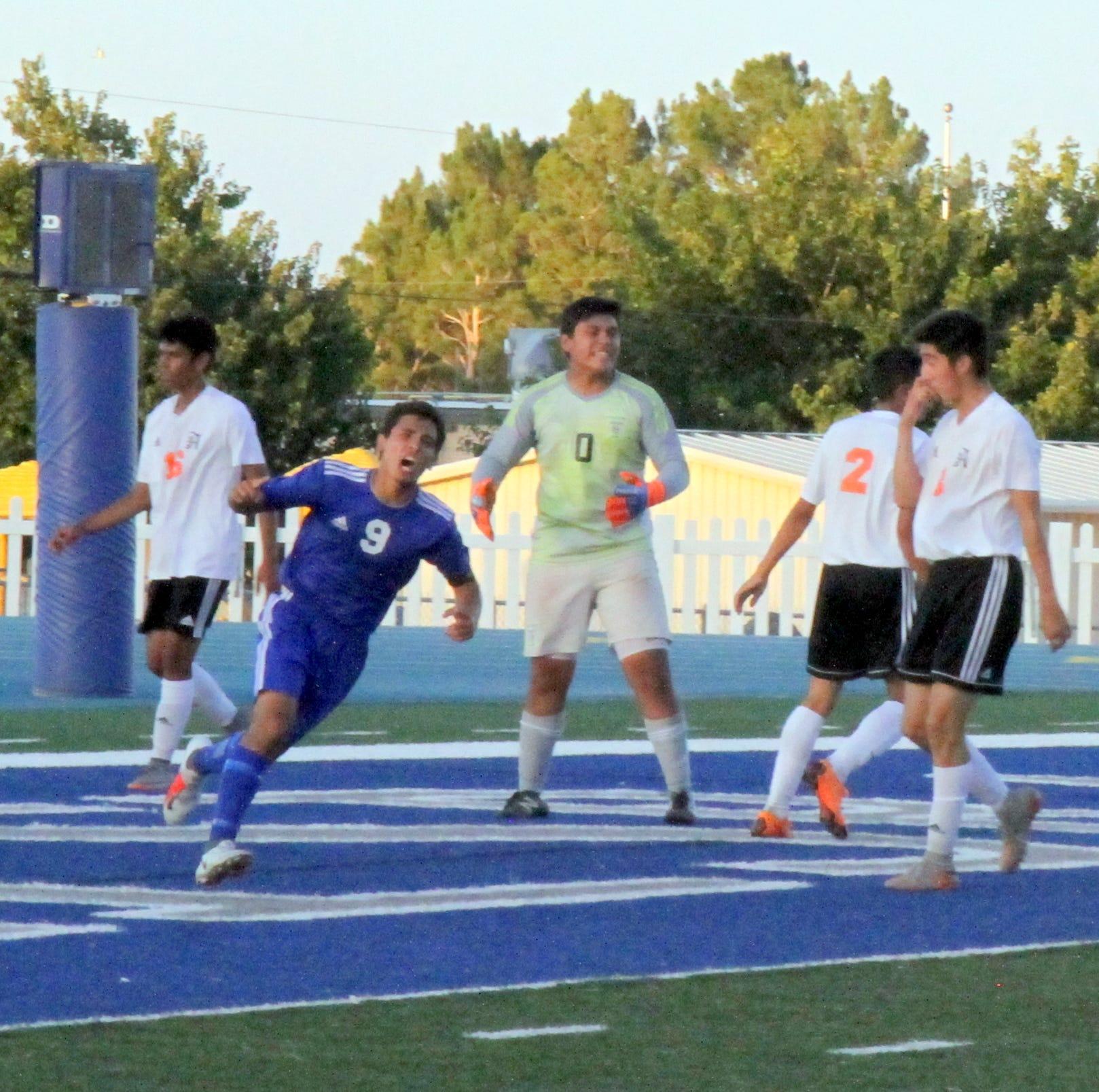 CNM_Carlsbad boys soccer vs. Artesia 9.18