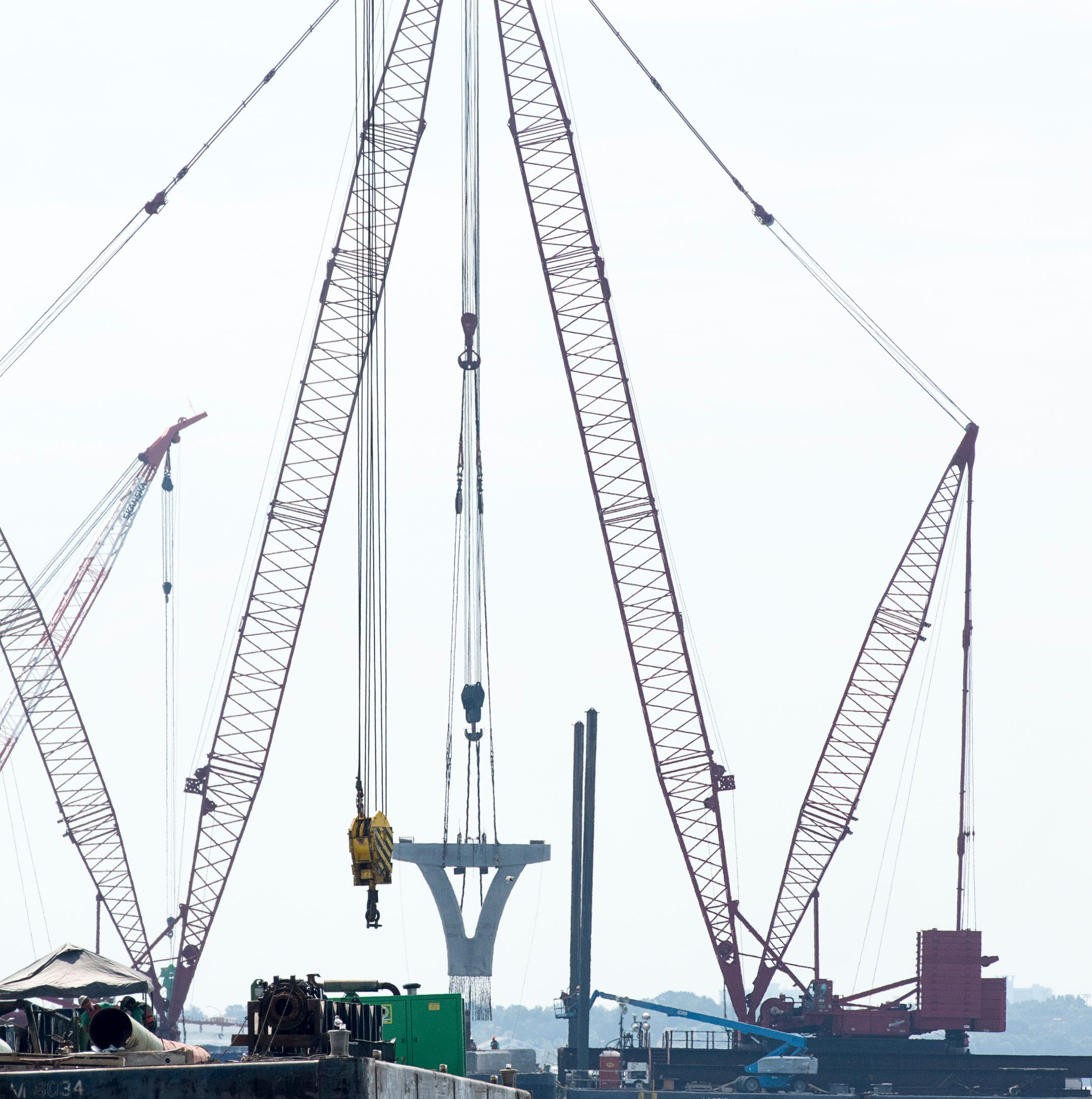 New Pensacola Bay Bridge on track to take on traffic by February