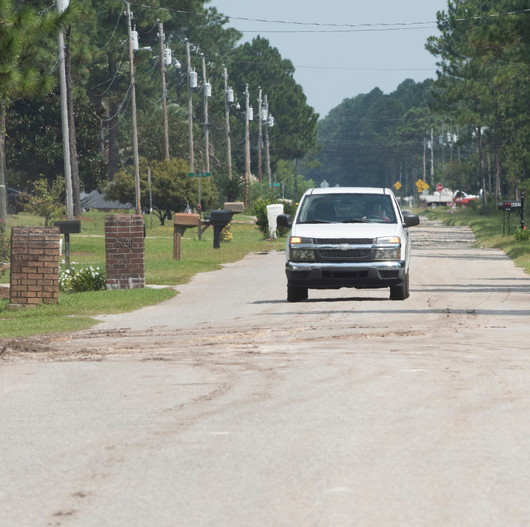 How do you ease traffic on U.S. 98 in Navarre? Santa Rosa County wants to find out.