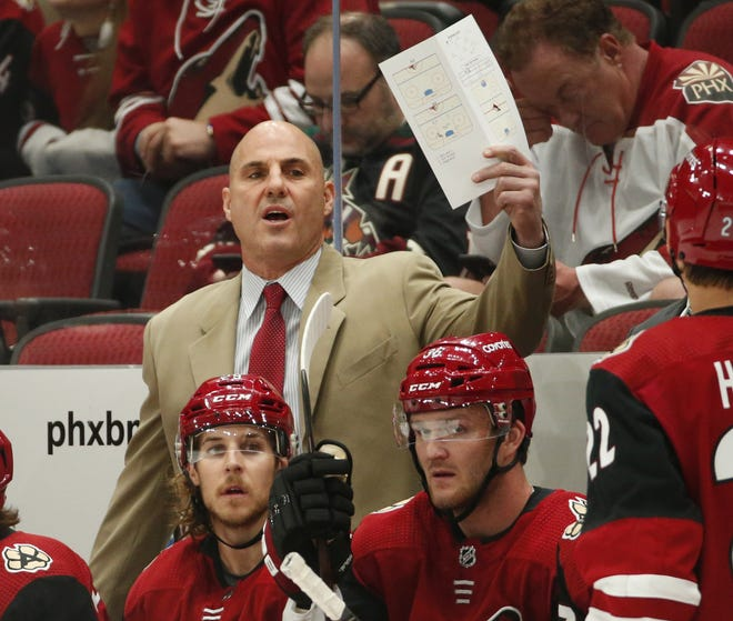 Arizona Coyotes head coach Rick Tocchett directs his players against the Los Angeles Kings in the first period during pre-season NHL action at Gila River Arena in Glendale, Ariz. September 18, 2018.