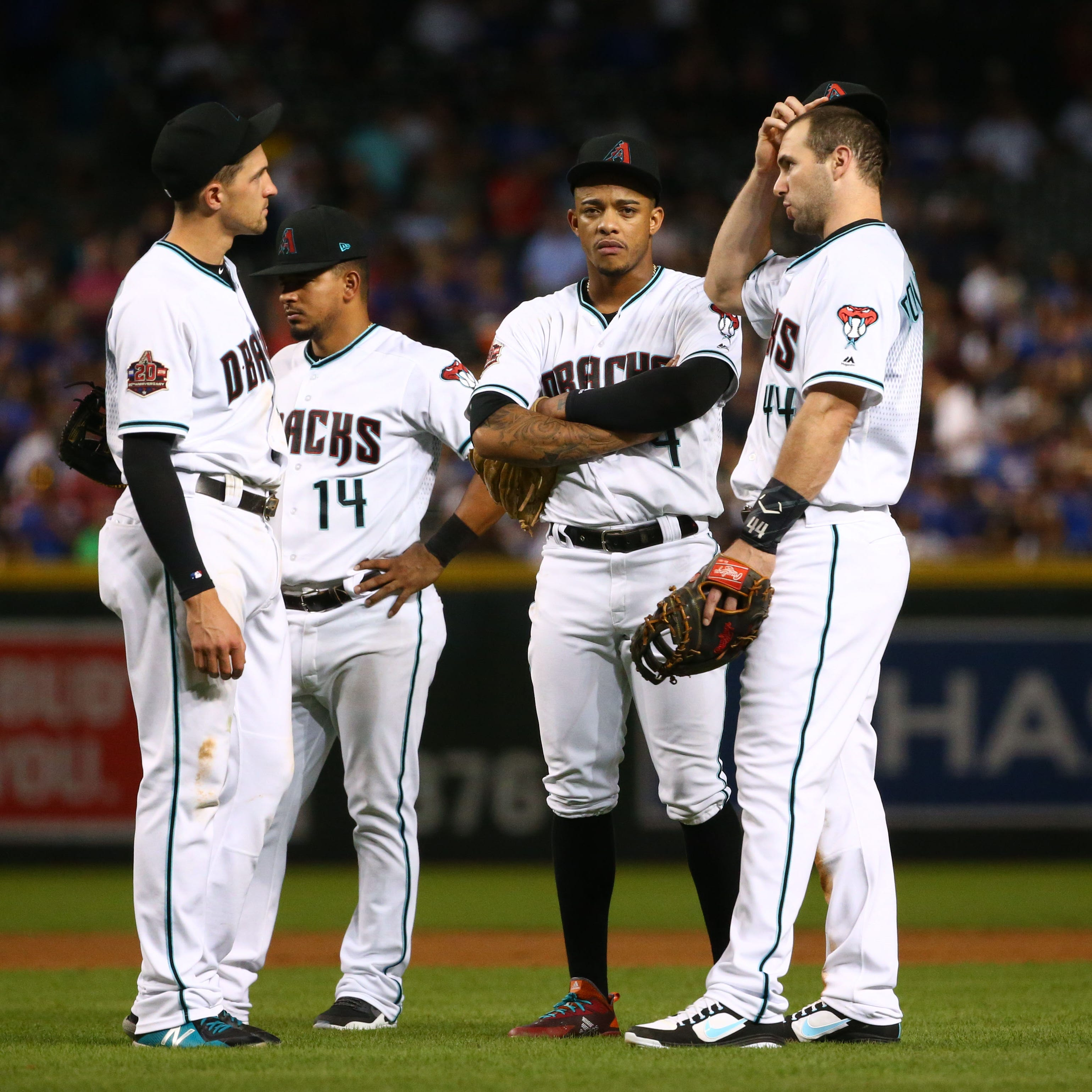 Diamondbacks fall again, say they haven't packed it in