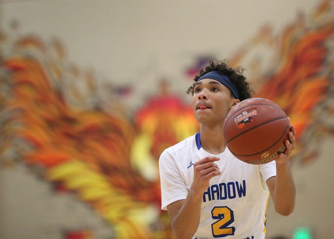 Shadow Mountain's Jaelen House (2) shoots free throws against Chino Hills during the 2018 Hoophall West tournament at Chaparral High School.