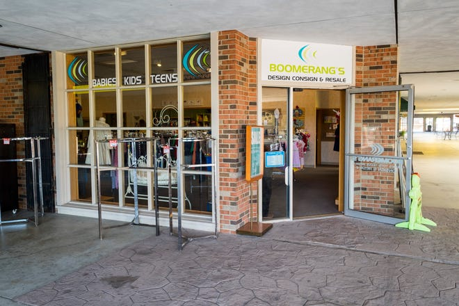 Boomerang's, located in the Riverview Plaza in St. Clair, is closing.