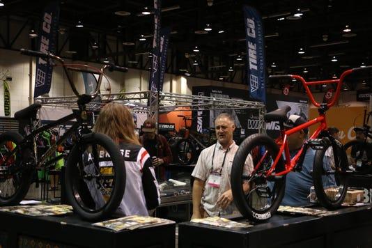 Ren Interbike 83