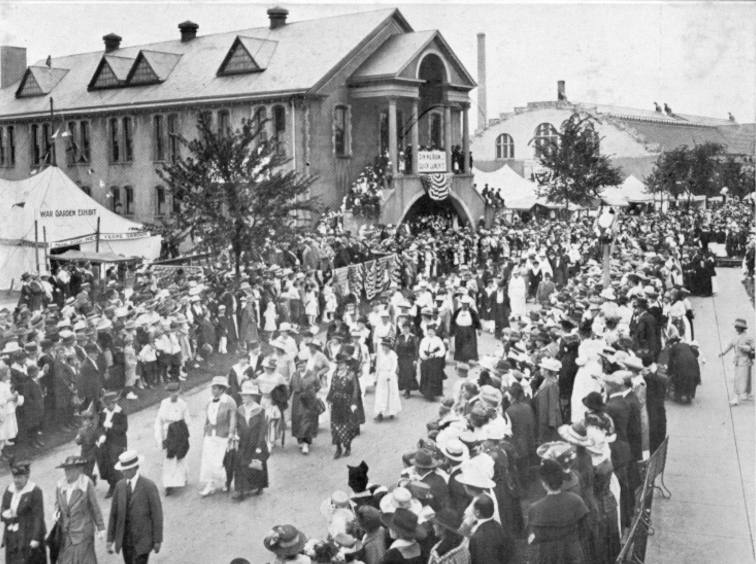 "WW1 Parade of Mothers of Service Men on ""Defenders of Liberty Day"", Rochester Exposition, Edgerton Park, Sept 4, 1918."
