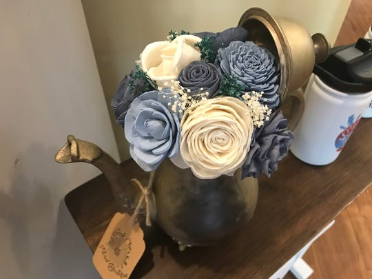 Bouquet of wood flowers at Geek Chic.