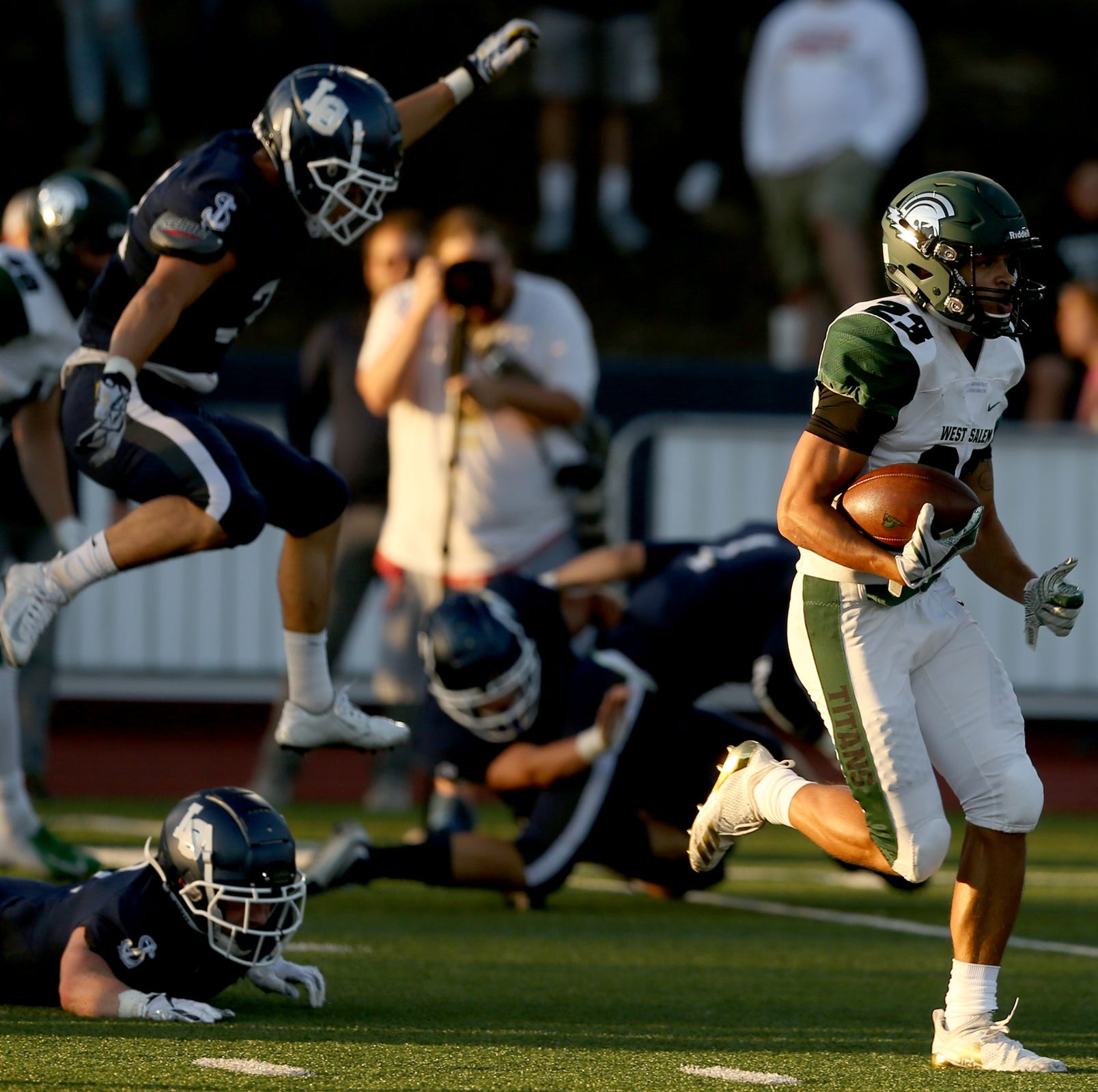Friday's West Salem-Sheldon game loaded with state's top football recruits