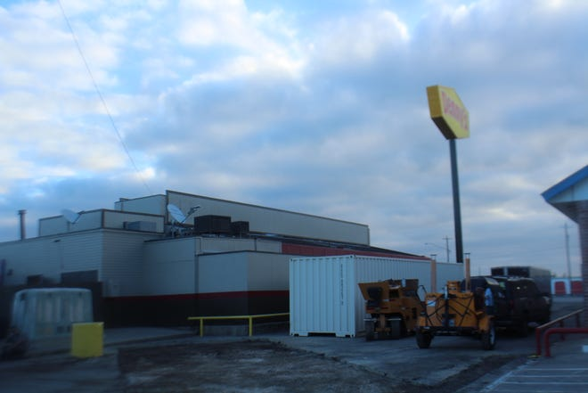 Denny's, 427 W Ave I, is completely remodeling. They will reopen Saturday, Sept. 19, 2018.
