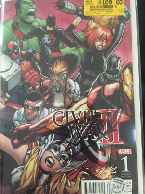 Stan Lee signed comic book