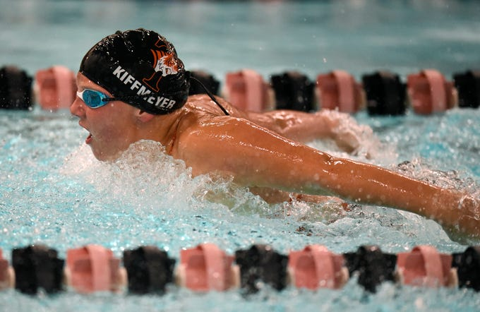 Tech's Klaire Kiffmeyer competes during the Tuesday, Sept. 18 meet against Buffalo at Tech High School in St. Cloud.