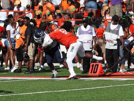 Inside linebacker Derrick Mayweather leads the Rattlers and currently ranks fifth in the MEAC in tackles.