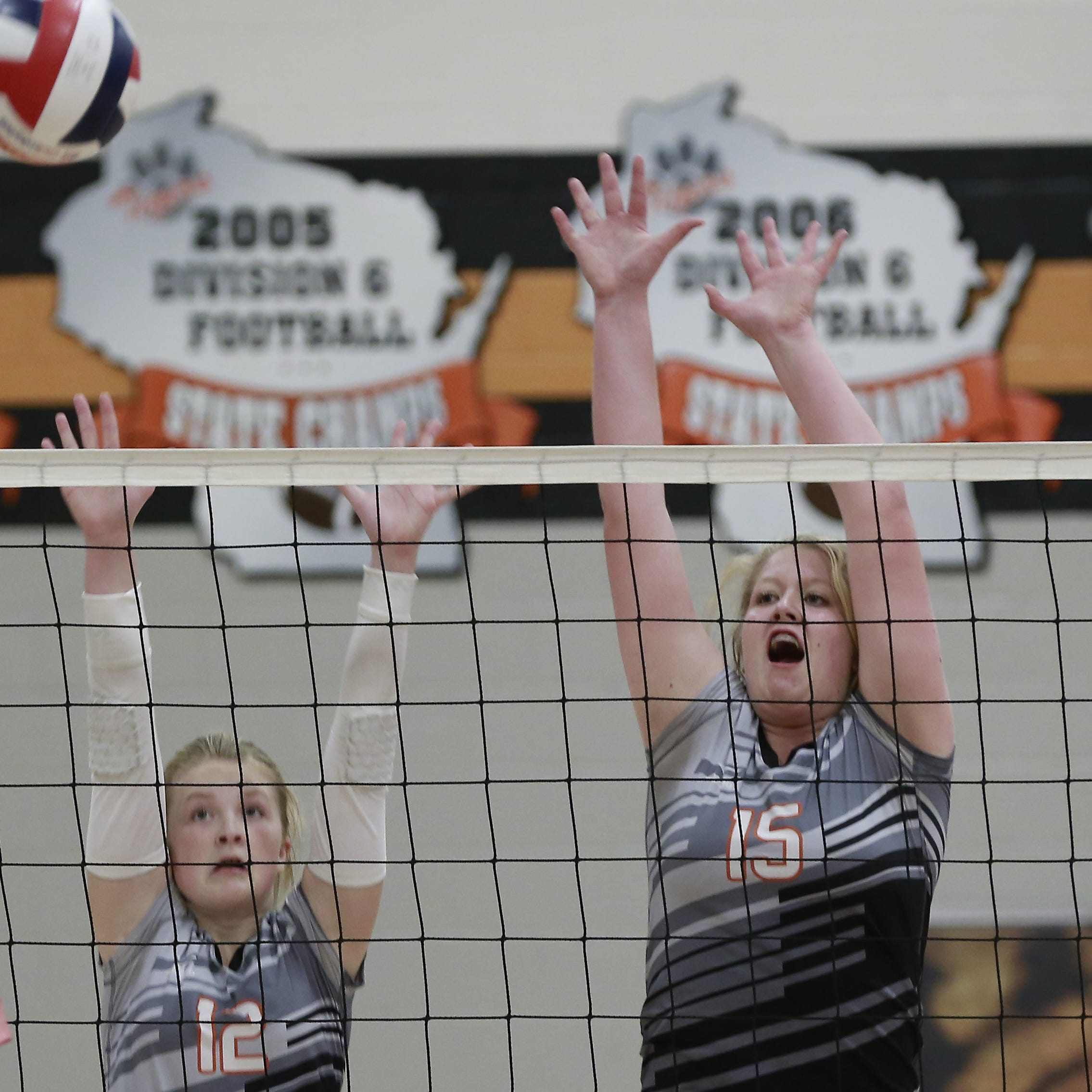 High school volleyball: Stratford sweeps Newman Catholic in matchup of state-ranked teams