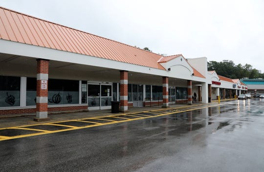 The space Total Wine franchise is expected to move into at the Dalewood Shopping Center II in Hartsdale.