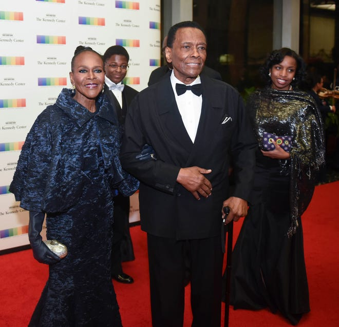2015 Kennedy Center Honoree actress Cicely Tyson, left, and former Kennedy Center Honoree Arthur Mitchell, center, pose on the red carpet at the State Department Dinner for the Kennedy Center Honors on Saturday, Dec. 5, 2015 at the State Department in Washington.