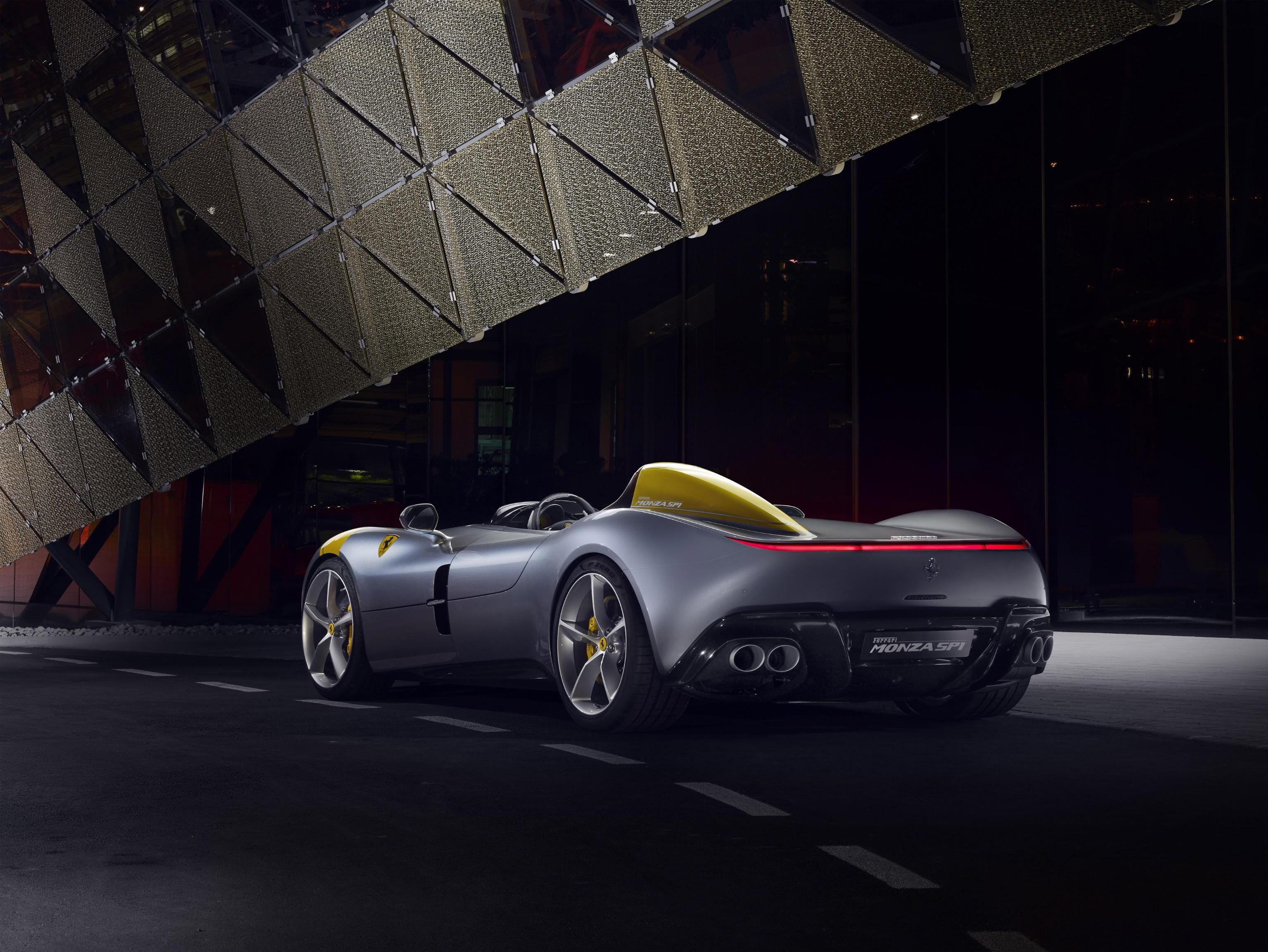 The bodyshell of both cars is made from carbon-fiber to reduce weight.
