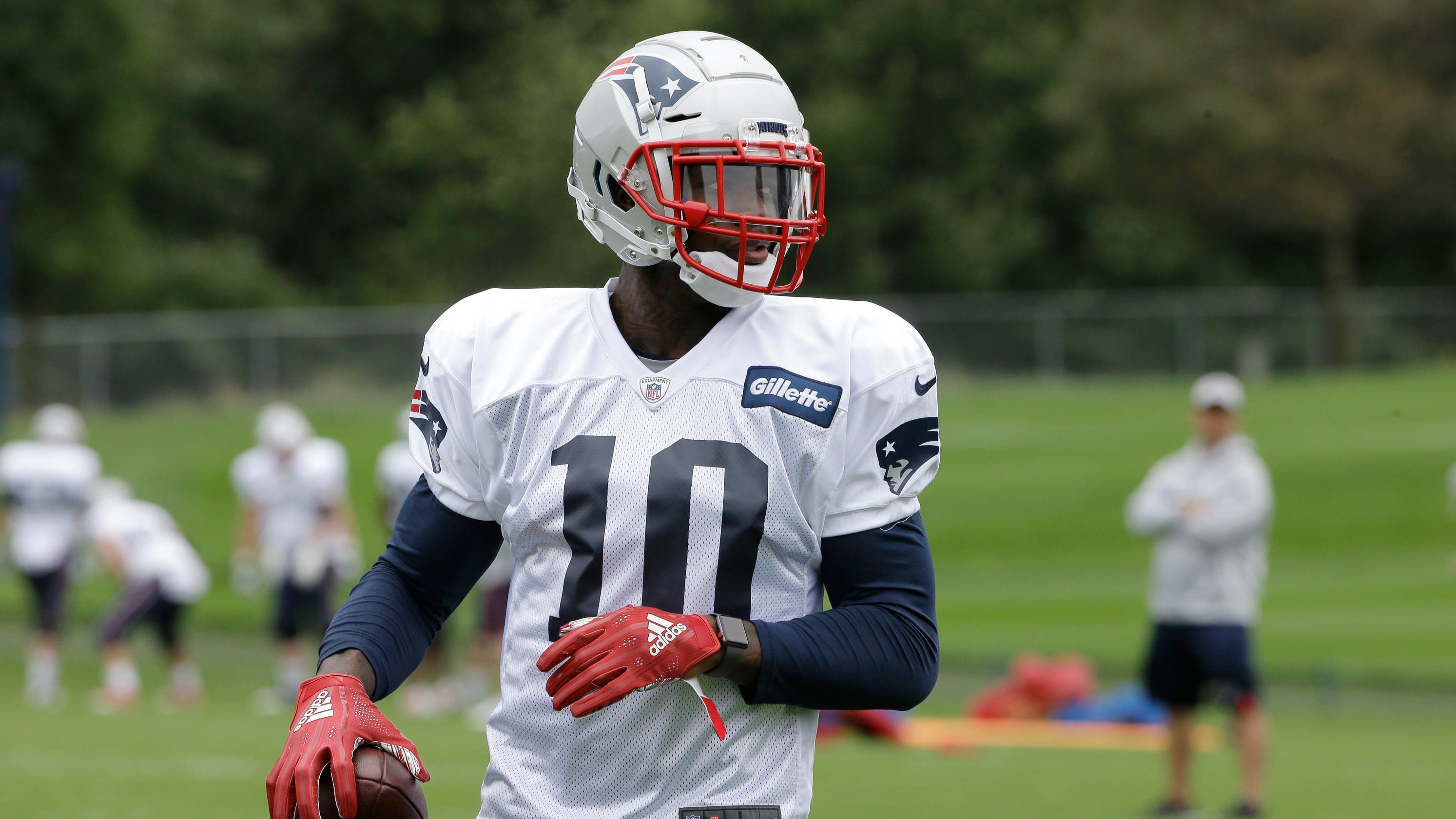competitive price 7ff37 57dd1 Patriots: Josh Gordon must change to meet Bill Belichick's ...