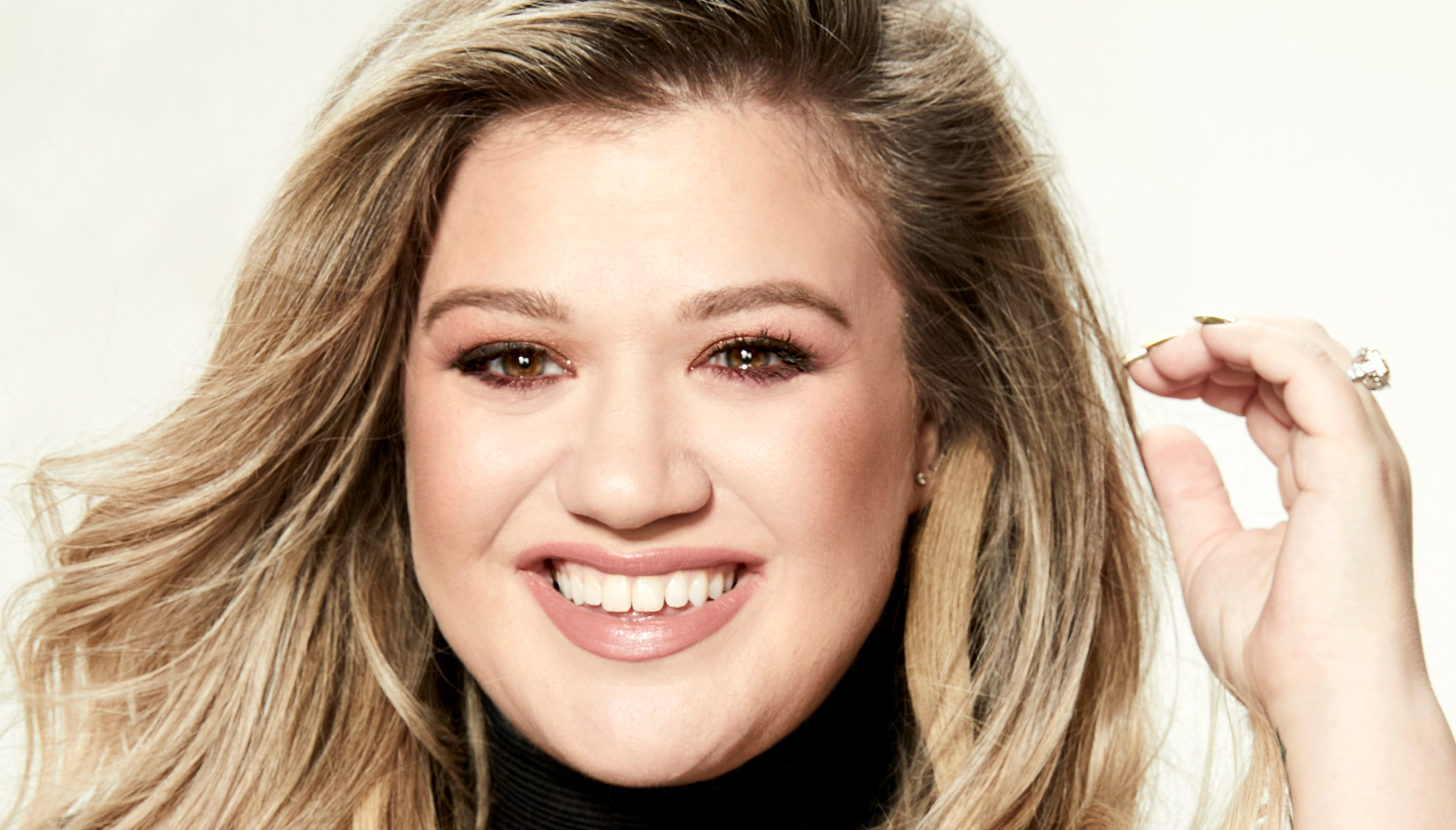 Kelly Clarkson preps for big music, book, TV and film projects.